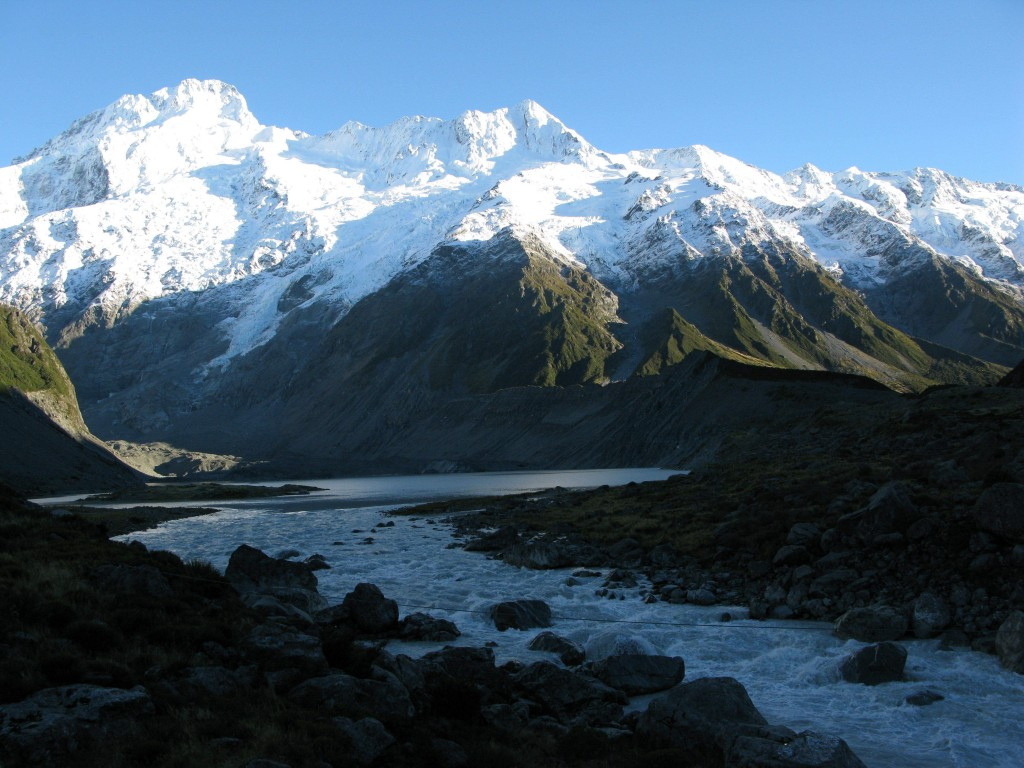 Rwenzoris Range, source of the river Nile